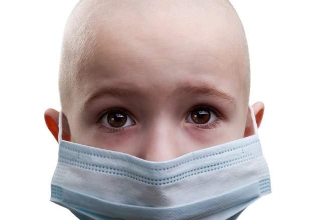 Ung thư máu hay gặp ở trẻ em nhất: Cơ hội sống đến 85% nếu bố mẹ
