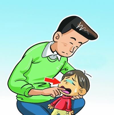 Cách sơ cứu khi trẻ bị hóc nghẹn mẹ phải biết