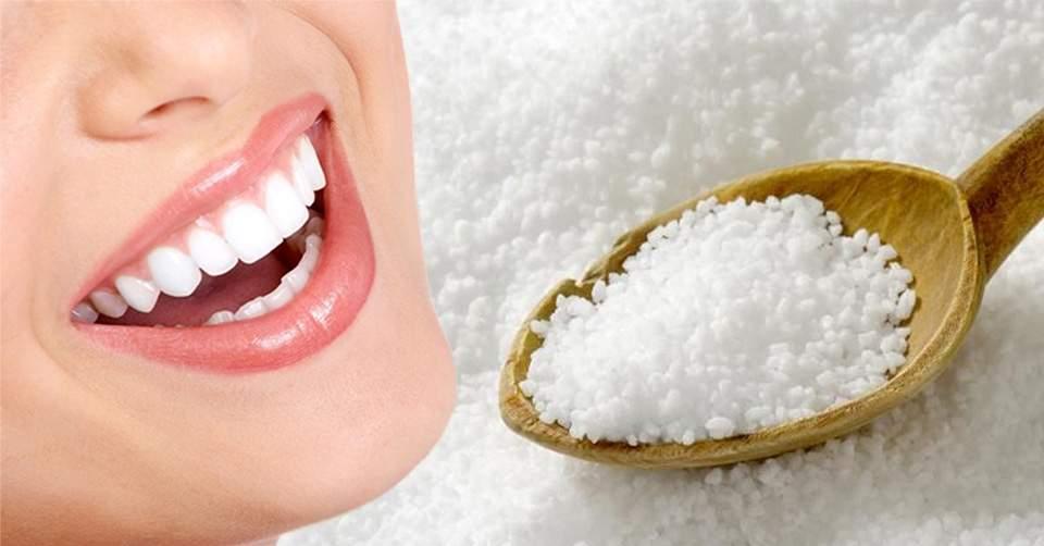 Làm trắng răng từ nguyên liệu tự nhiên